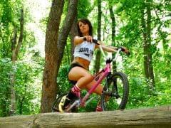 52799 sexy laska rower