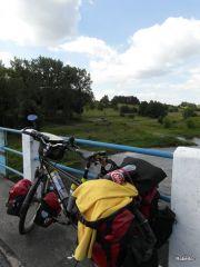 Kurpie 2011, na moście nad Narwią