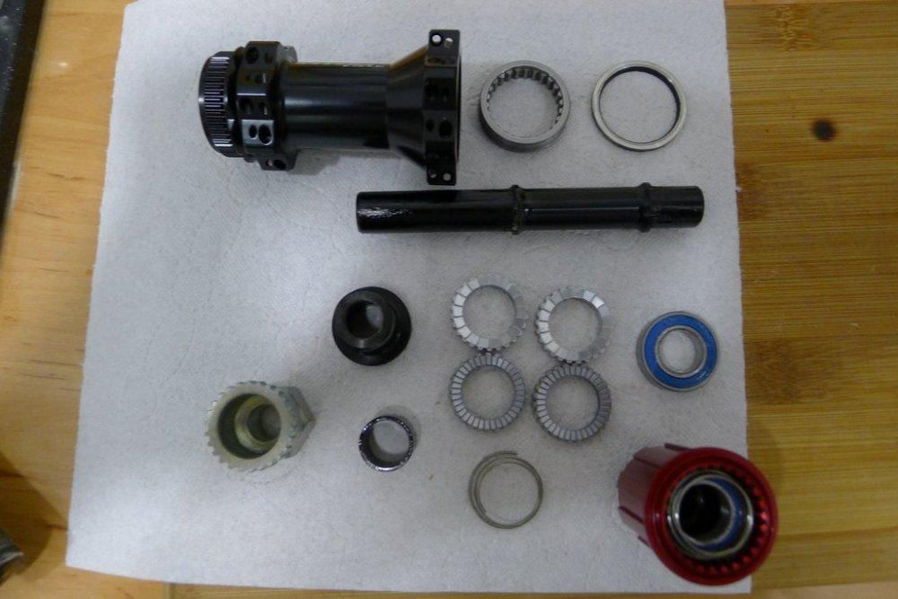 vitoo_cycle_hub_apart.thumb.jpg.c61a2158694c7d58908c0679599249e0.jpg