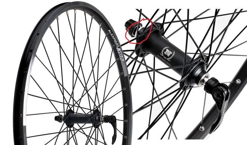 kolo-rowerowe-28-przednie-alexrims-dh19-novatec-751sb-aluminiowe-stozek-czarne-zacisk-lozyska-maszynowe-kola.jpg
